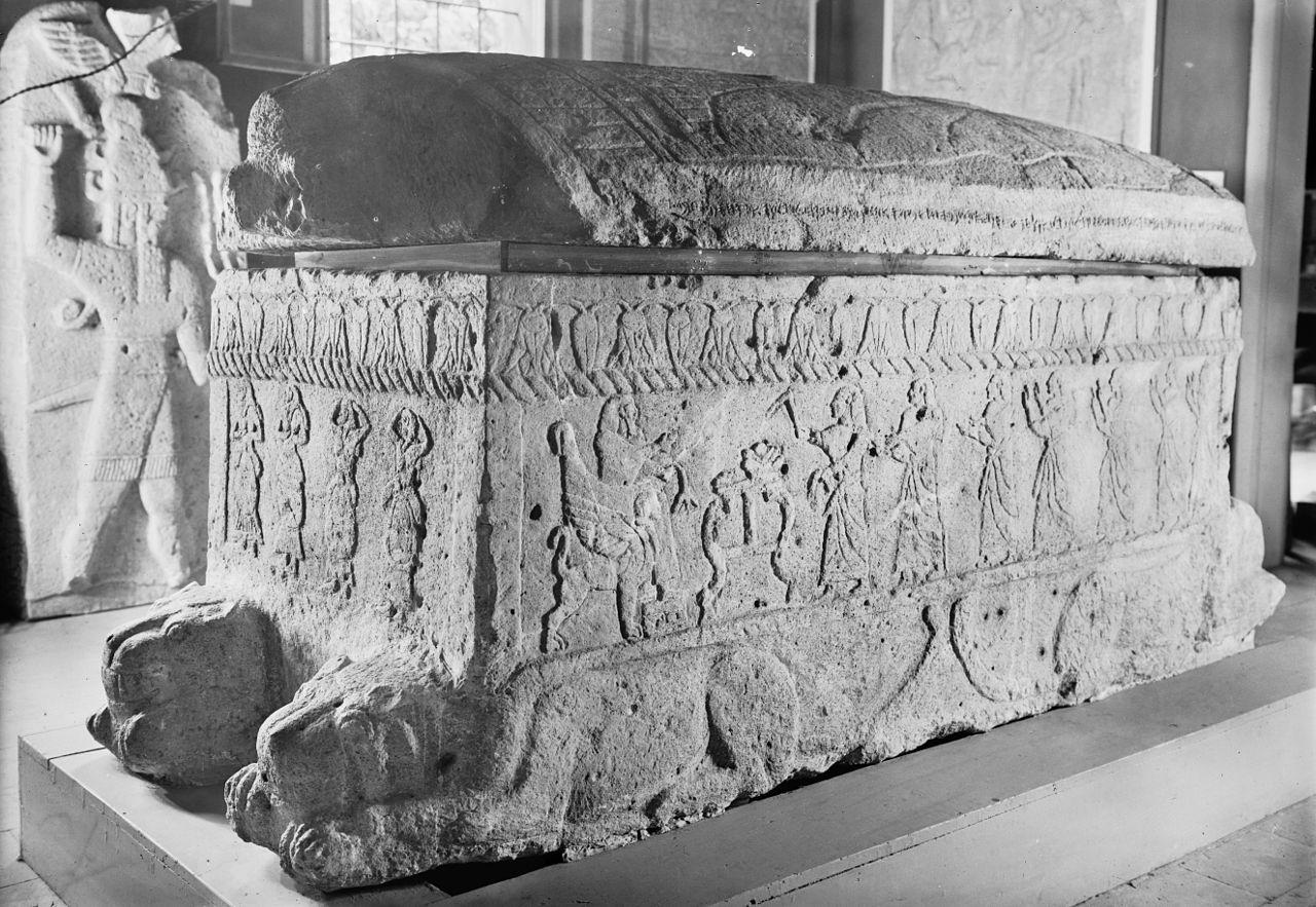 1280px-ahiram_sarcophag_from_biblos_xiii-xbc-1.jpg